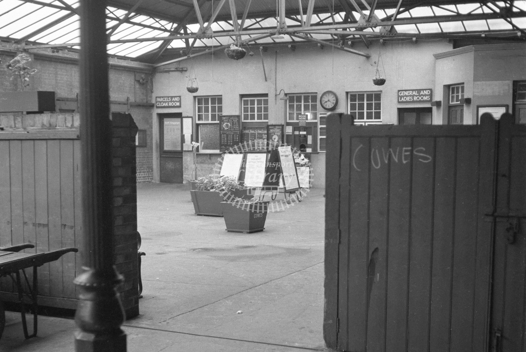 BR Cowes. View of concourse; circa 1964. -Lens of Sutton Association Isle of Wight (IOW) part 2
