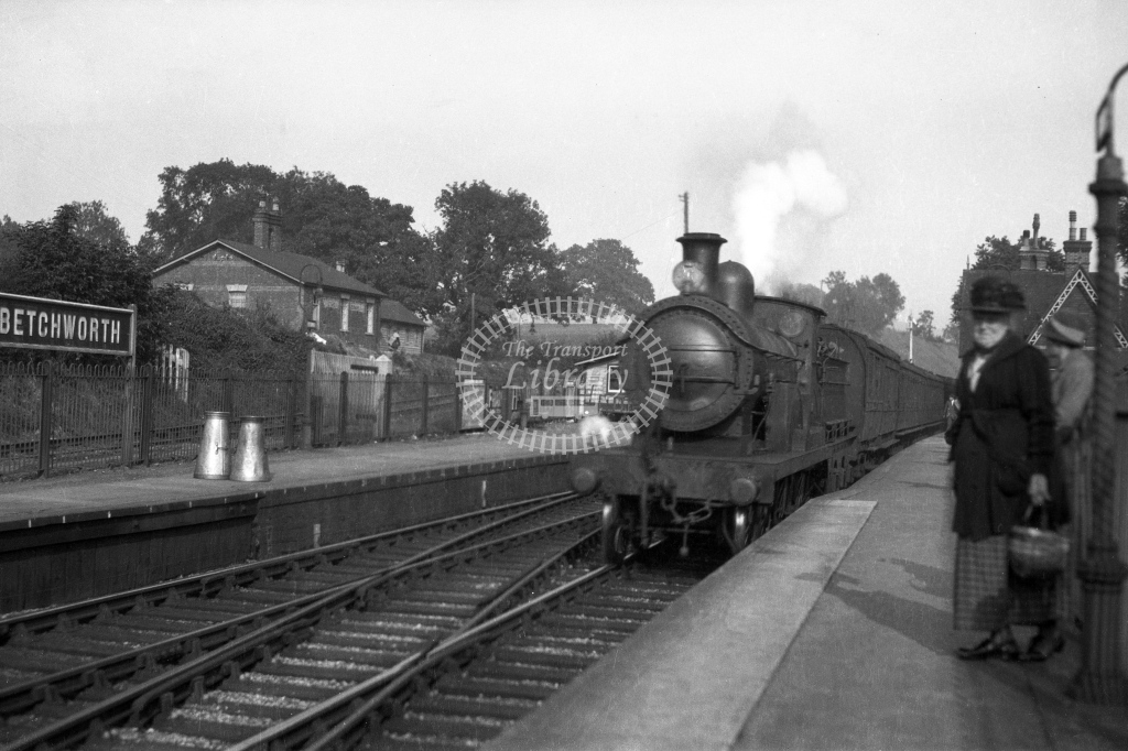 SER Betchworth toward Redhill with Stirling F1 class 1930s. H A Vallance - Lens of Sutton Association SECR Stations part 1