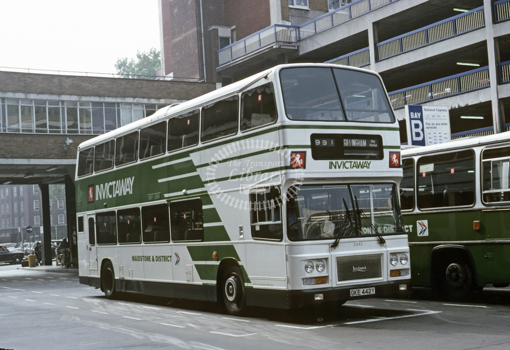 Maidstone and District Leyland ONTL 5442 GKE442Y at Victoria in 1983 - Sep 1983 - Roy Marshall