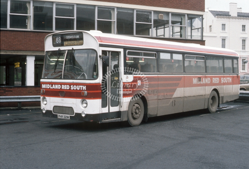 Midland Red South Leyland PSU3 321 PHA321M  at Gloucester  in 1985 -  Dec  - Roy Marshall