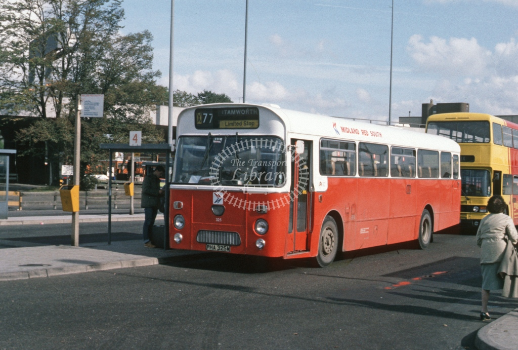 Midland Red South Leyland PSU3 325 PHA325M  at Coventry  in 1984 -  Oct  - Roy Marshall