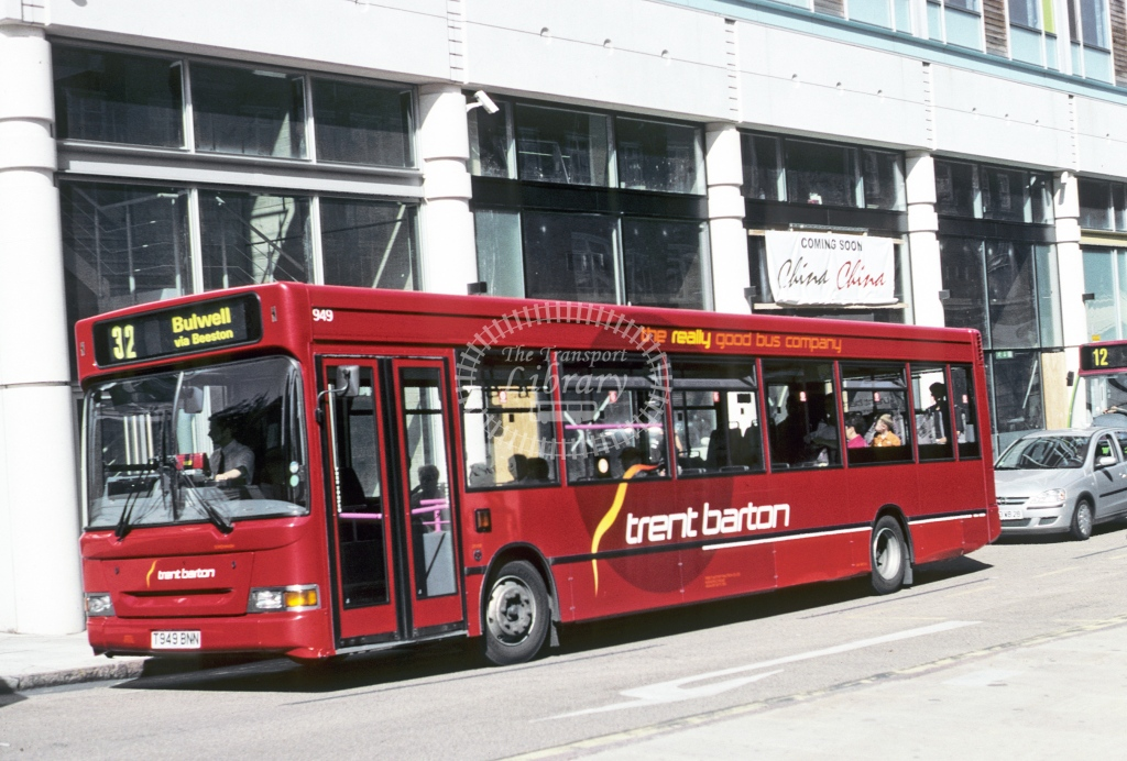 Trent Dennis Dart SFD 949 T949BNN  at Nottingham  in 2005 - Sep - Roy Marshall