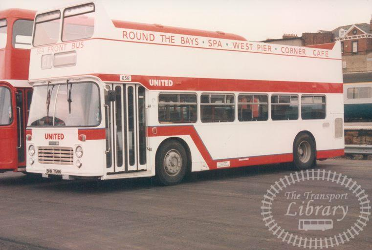 United Bedford SB1 658 BHN758N at Scarborough in 1986 on route Sea Front Bus - 19/04/1986 - Malcolm Hyland