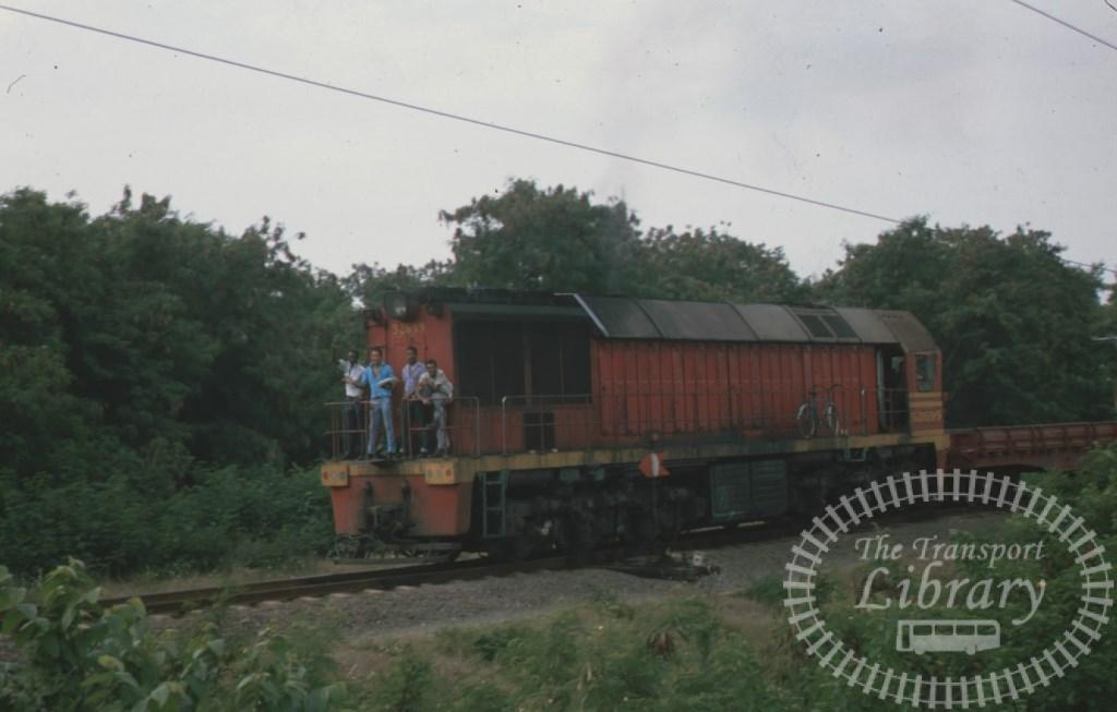Cuba Railways Diesel Locomotive 52699  at Santiago in 1996 - Mike Reynolds