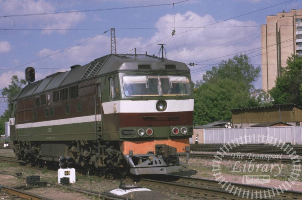 Lithuania Railways Diesel Locomotive  at Vilnius in 1999 - Mike Reynolds