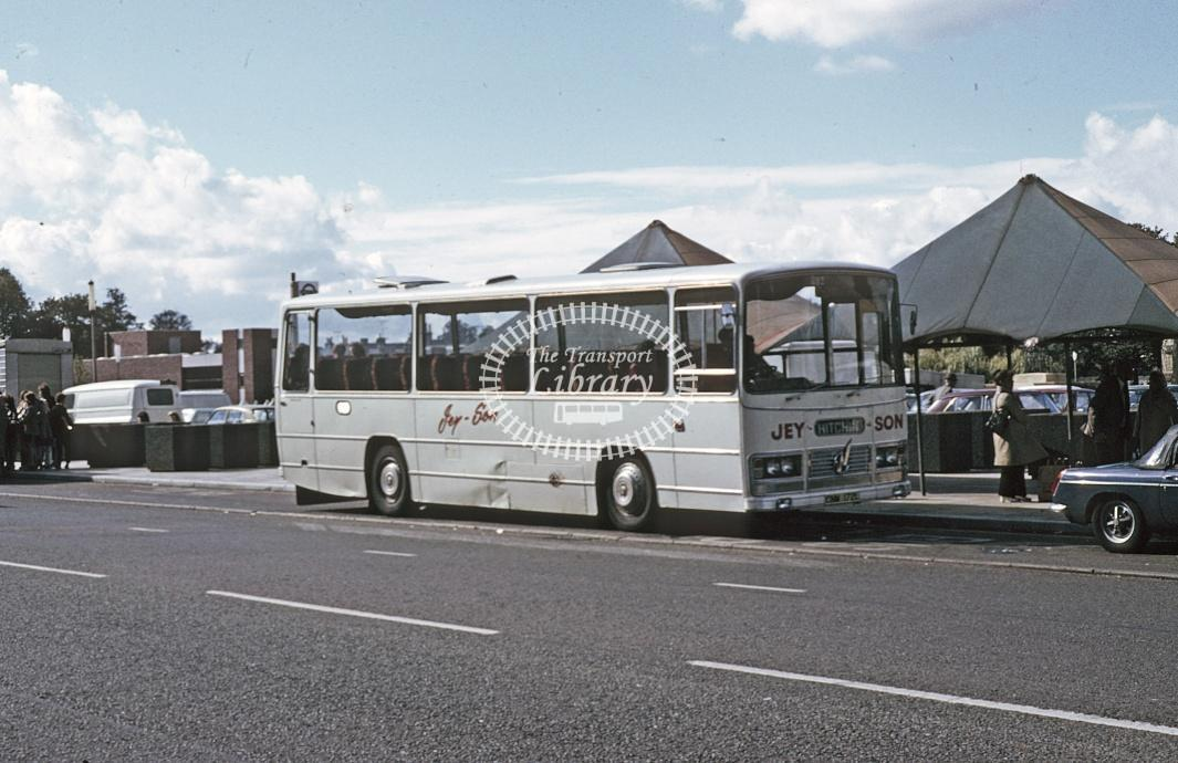 Jeyson, Luton Bedford YRQ CNM172L at Hitchin in 1974 - Sep 1974 - Roy Marshall