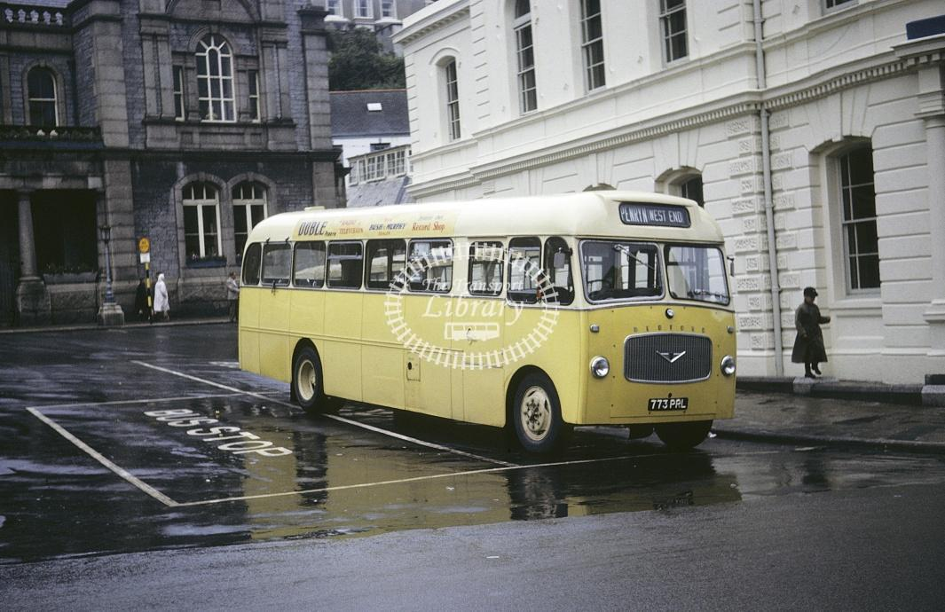 Oxford, Penryn Bedford SB5 773PRL at Falmouth in 1963 - Jul 1963 - Roy Marshall