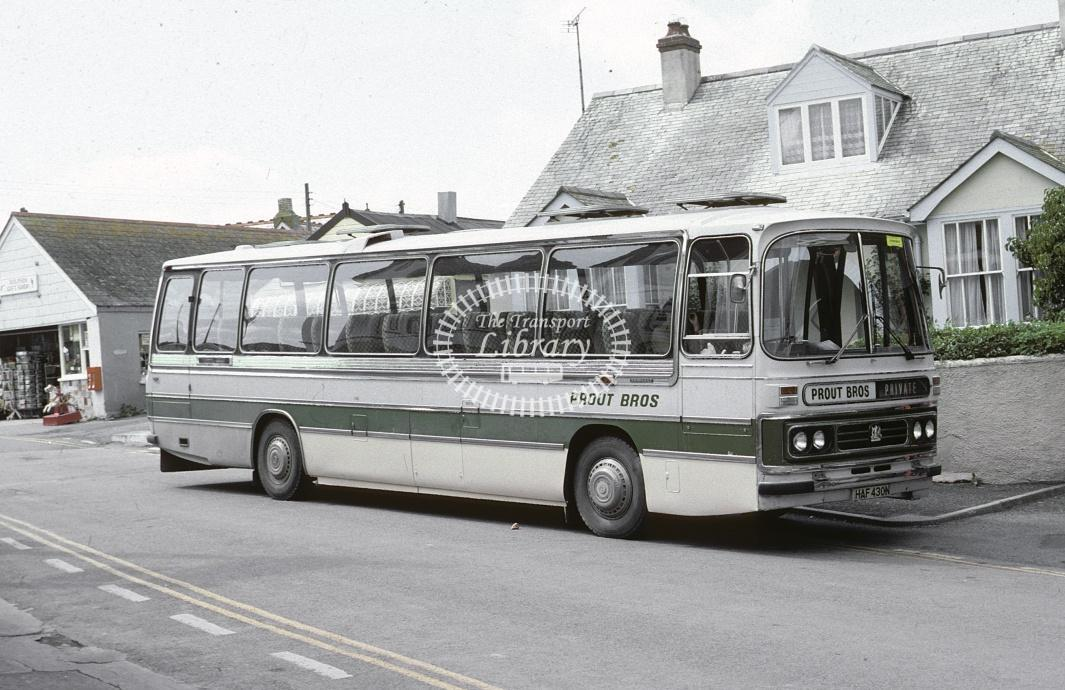 Prout Bros, Port Issac Bedford YRT HAF430N at Port Isaac in 1982 - Jul 1982 - Roy Marshall
