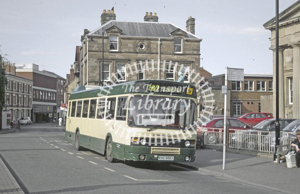 Yeoman, Canon Pyon Leyland Nat RHG886X at Hereford in 2000 - Sep-00 - Roy Marshall
