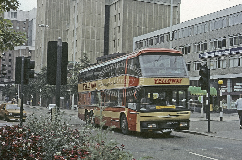Yelloway, Rochdale Aurwerter AV122 SPY375X  in 19ND - Roy Marshall