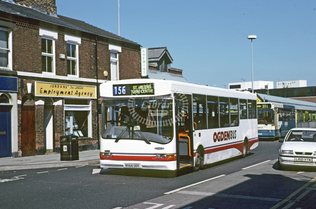 Ogden, Haydock Dennis Dart SLF R564UOT at St Helens in 1995 - Jun 1995 - Roy Marshall