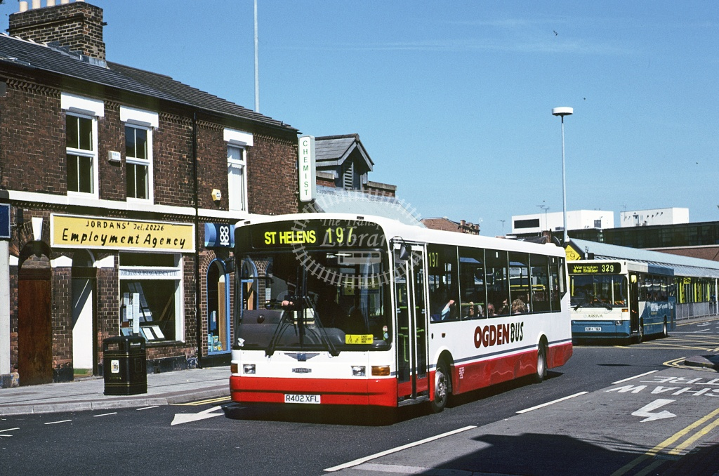 Ogden, Haydock Dennis Dart SLF R402XFL at St Helens in 1995 - Jun 1995 - Roy Marshall