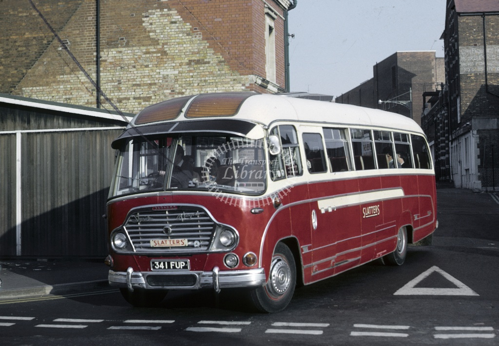 Slatter, Long Handborough Bedford SB5 341FUP at Oxford in 1970 - Oct 1970 - Roy Marshall