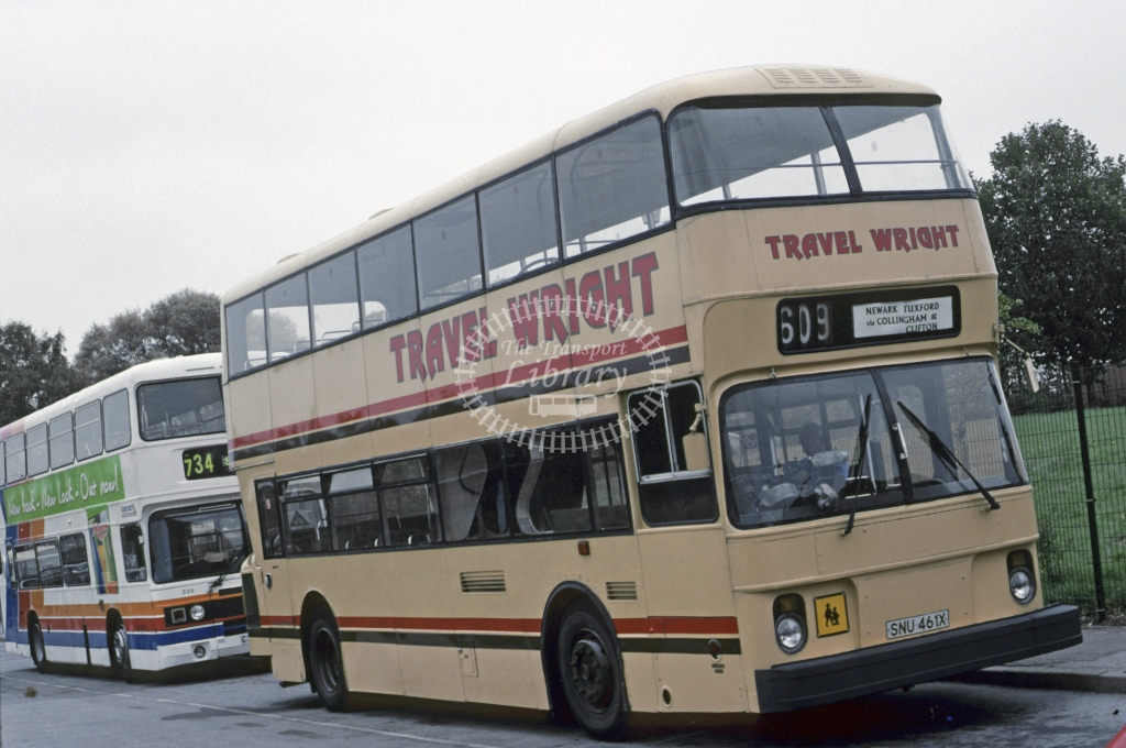 Wright, Newark Leyland AN68 1200 SNU461X  at Tuxford  in 1998 - Sep - Roy Marshall