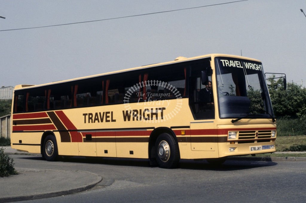 Wright, Newark Dennis Javelin 1341 E761JAY  at Newark  in 1988 - May - Roy Marshall