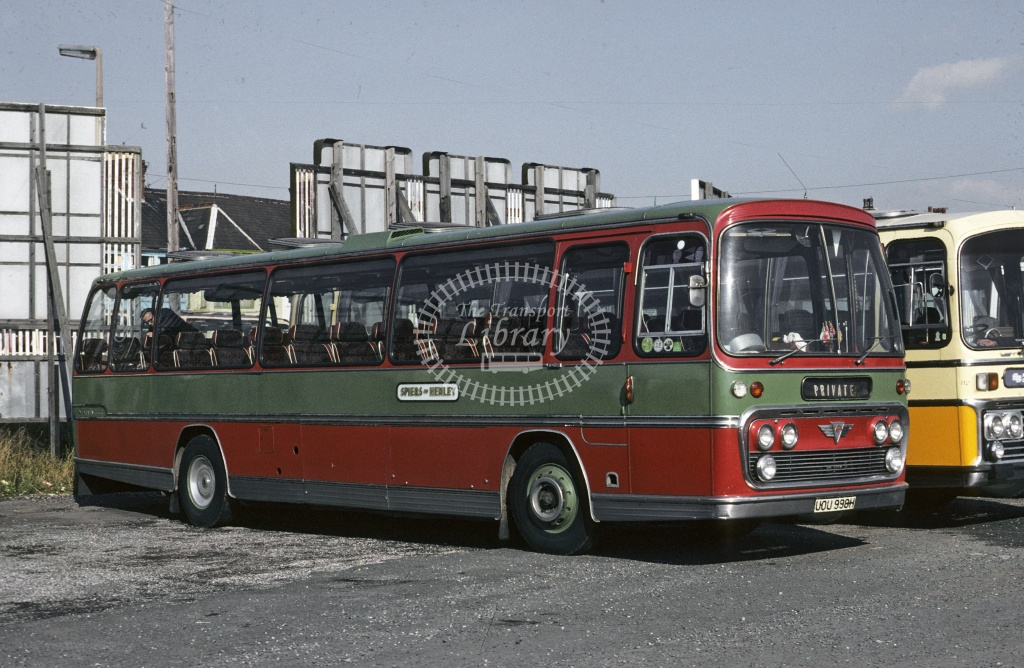 Spiers, Henley on Thames AEC Reliance UOU99H at Blackpool in 1978 - Oct 1978 - Roy Marshall