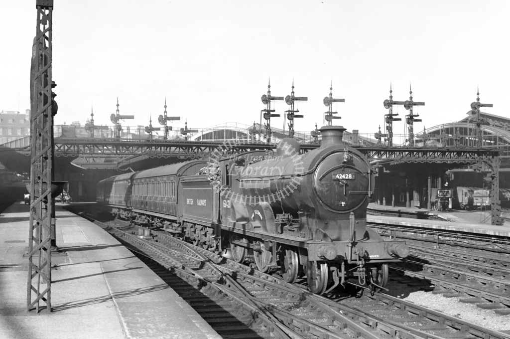 BR British Railways Steam Locomotive Class D30/2 62428 The Talisman  at Newcastle in 1950 - 21/09/1950 - Neville Stead Collection