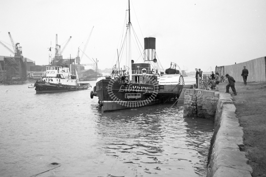 Paddle steamer  at Sunderland in Undated - Neville Stead Collection