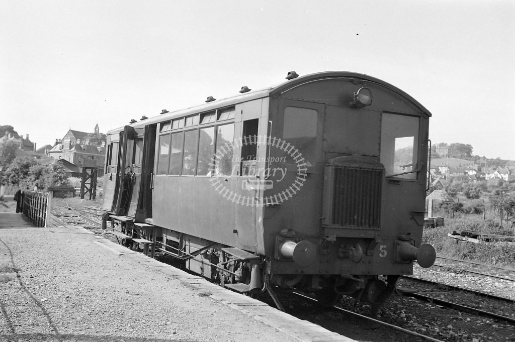 Weston Clevedon and Portishead Railway Diesel Railcar Class Drewry 64hp No. 5 (Works No. 1650)  at Portishead in 1940 - 14/05/1940 - Neville Stead Collection
