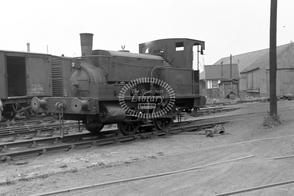 Coast Lines Ltd (Tyne Tees Shipping Ltd) Industrial Steam Locomotive Class Manning Wardle 0-4-0ST MW 1027/1887  at Stockton Quayside in 1951 - 20/06/1951 - Neville Stead Collection