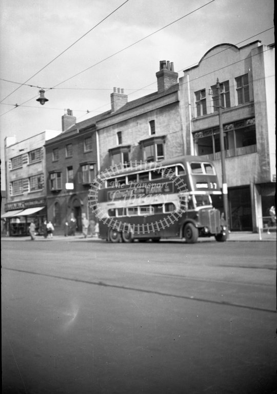 HL-B0207 - Leicester three-axle bus - Henry Luff - Online Transport Archive