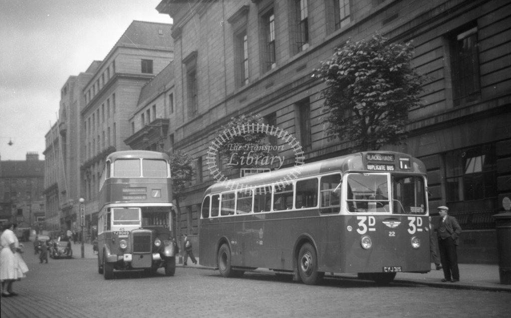 ME-B057 - Dundee 22 CYJ315 route 1A duplicate and 45 YJ9049 route 7 - Marcus Eavis - Online Transport Archive