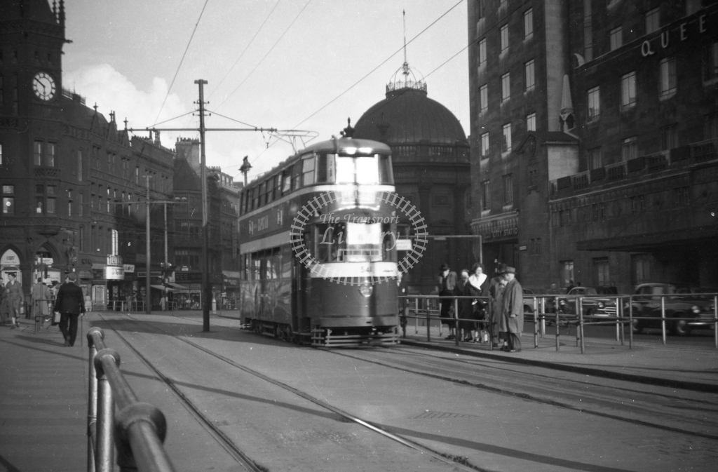 JT-T76 - Leeds 541 - loading islands on south side of City Square looking east - 12 September 1954 - Julian Thompson