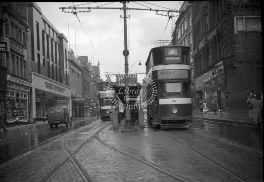 JT-T87 - Leeds 182 - route 2 - queue shelters Briggate (Boar Lane) looking north - 12 September 1954 - Julian Thompson
