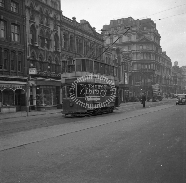 Meredith 991 ? Cardiff 67 reversing St Mary Street 4 February 1950 - Online Transport Archive