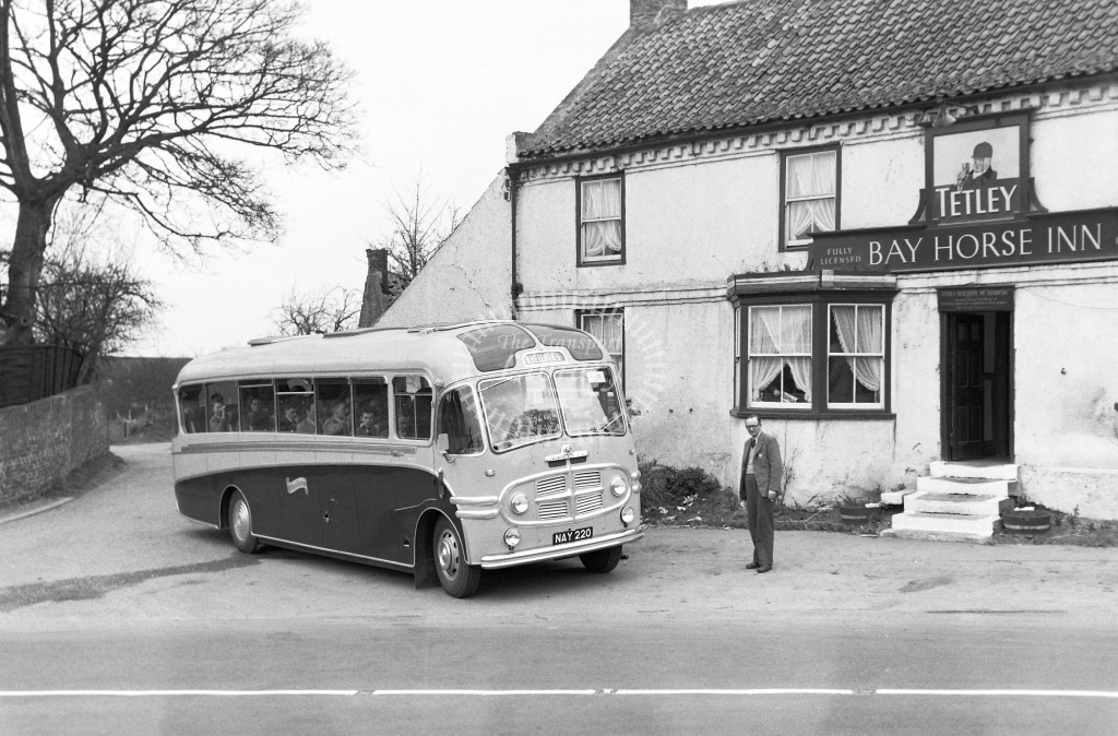 Wheildons (Green Bus Service) Rugeley Motor Coach Class Bedford NAY 220  at Bay Horse Inn (Fulford, Yorks)  in 1956 -  25/03/1956  - Peter Gray