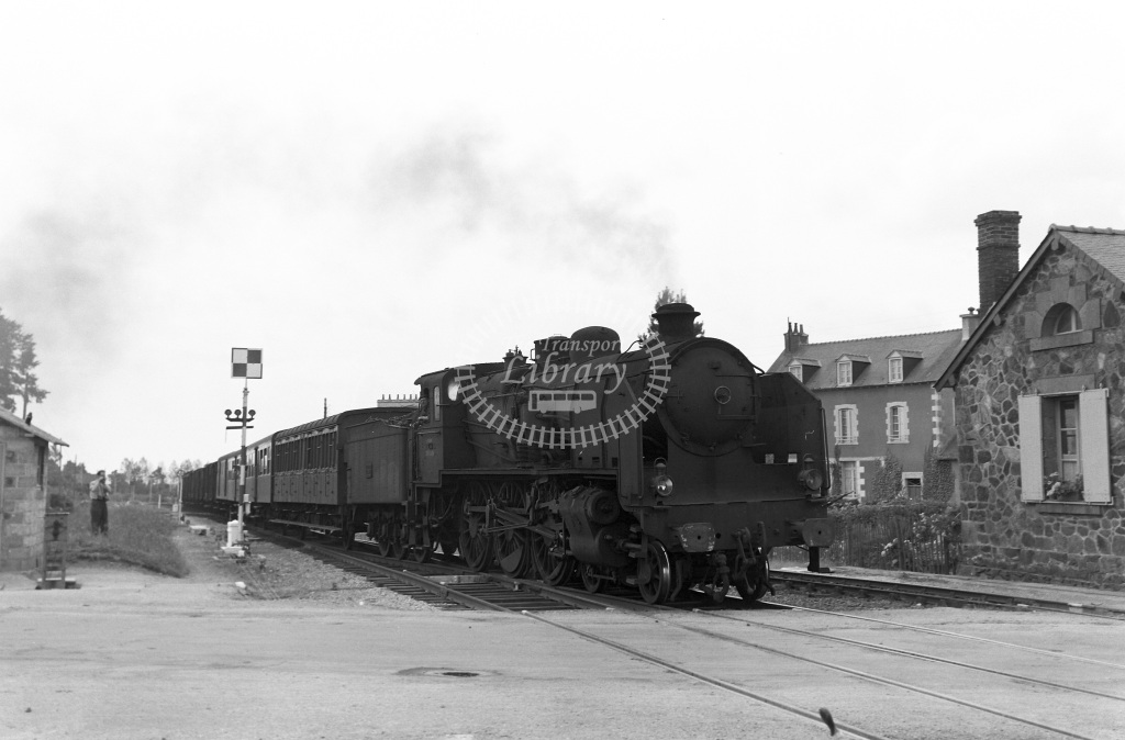 SNCF French Railways Steam Locomotive 230K 434  at Loudeac  in 1957 -  06/07/1957  - Peter Gray
