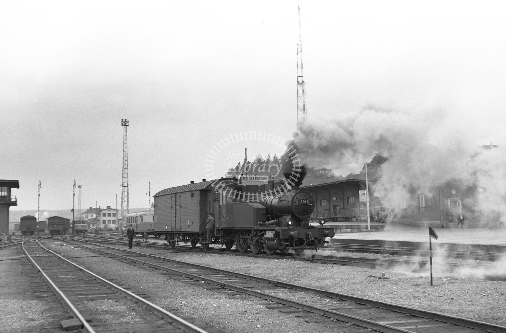 VR Finland Railways Steam Locomotive Class Vr Class Vr1 0-6-0T 791  in 1962 -  01/05/1962  - Peter Gray