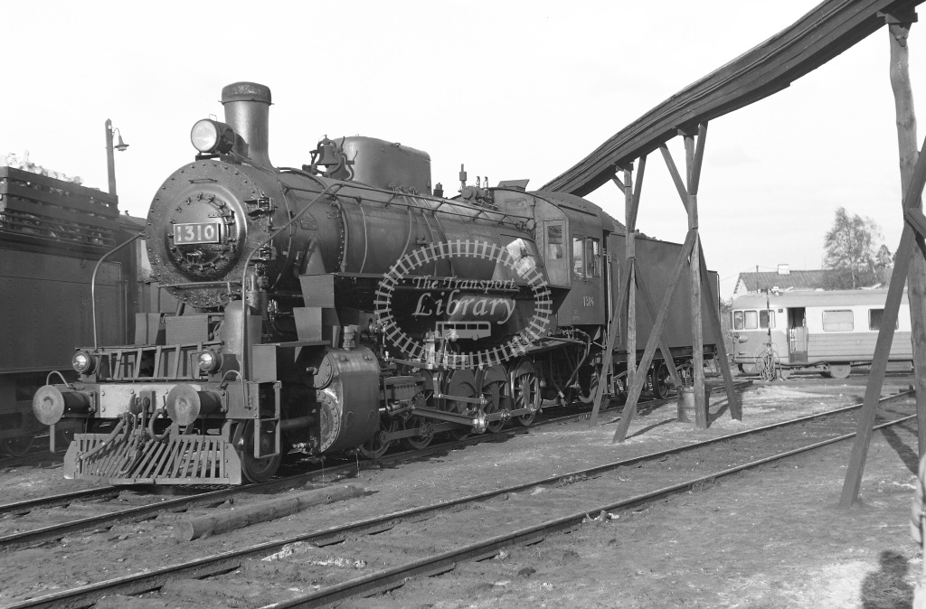 VR Finland Railways Steam Locomotive Class Vr Class Tr2 2-10-0 1310  in 1962 -  01/05/1962  - Peter Gray