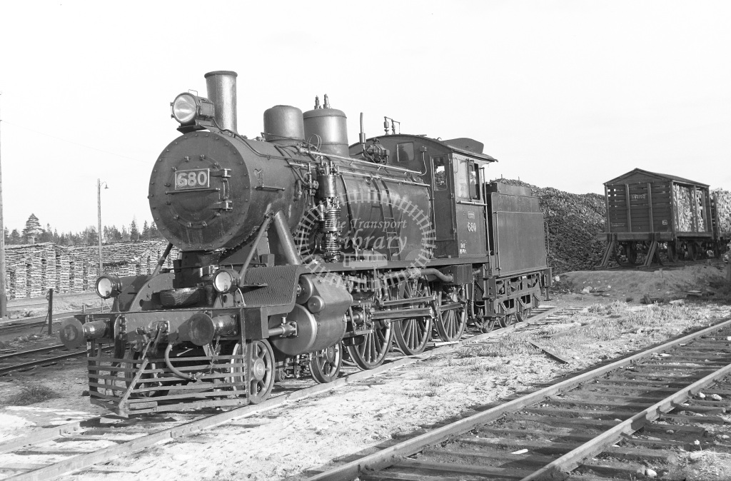 VR Finland Railways Steam Locomotive Class Vr Class Hv2 4-6-0 680  in 1962 -  01/05/1962  - Peter Gray