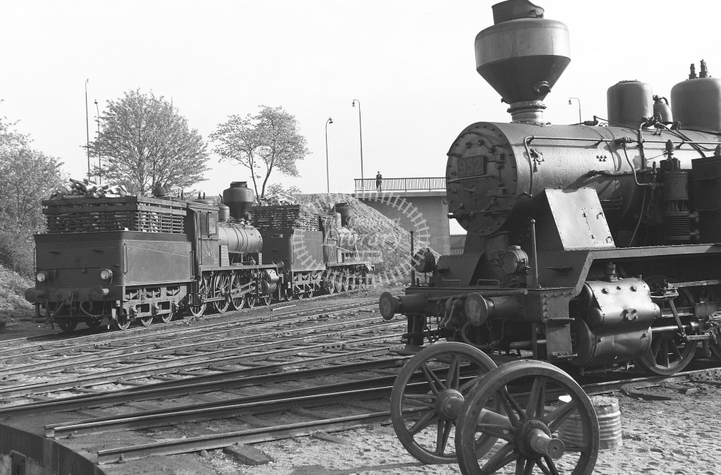 VR Finland Railways Steam Locomotive Class Vr Class Vr2 0-6-2T 952  in 1962 -  01/05/1962  - Peter Gray