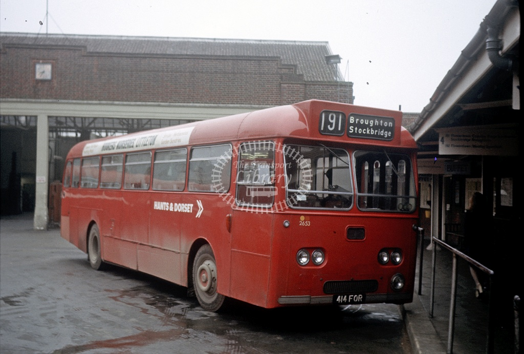 Hants and Dorset / Wilts and Dorset Leyland PSU3/2R 2653 414FOR at Winchester Bus Stn in 1975 - 27454 - Peter Henson