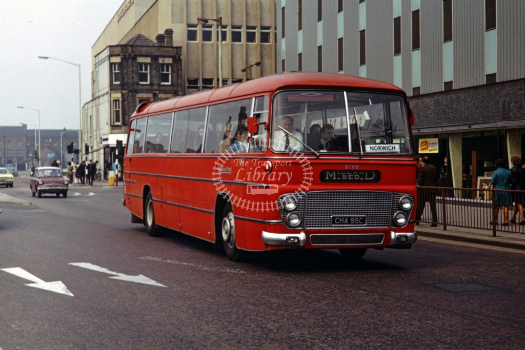 Midland Red Leyland Leopard Duple FOS 5795 CHA95C  at Peterborough  in 1973 -  26782  - P J Taplin