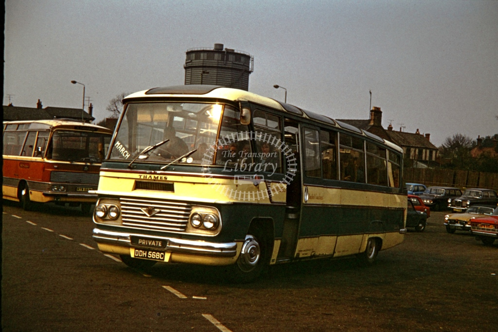 Canham, Whittlesey Ford 570E Duple N FNS   DDH568C  in 1973 -  26782  - P J Taplin