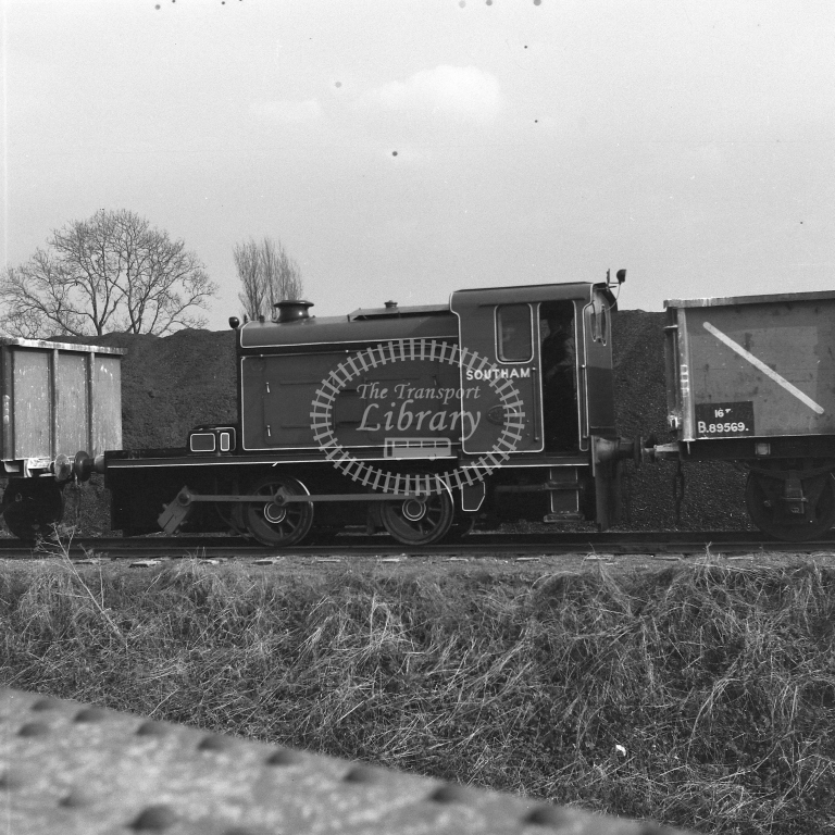 ?Southam? 0-4-0D, Rugby PC Co 17/4/56 - RCR7028 - R C Riley