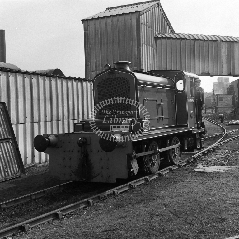?Southam? 0-4-0D, Rugby PC Co 17/4/56 - RCR7030 - R C Riley