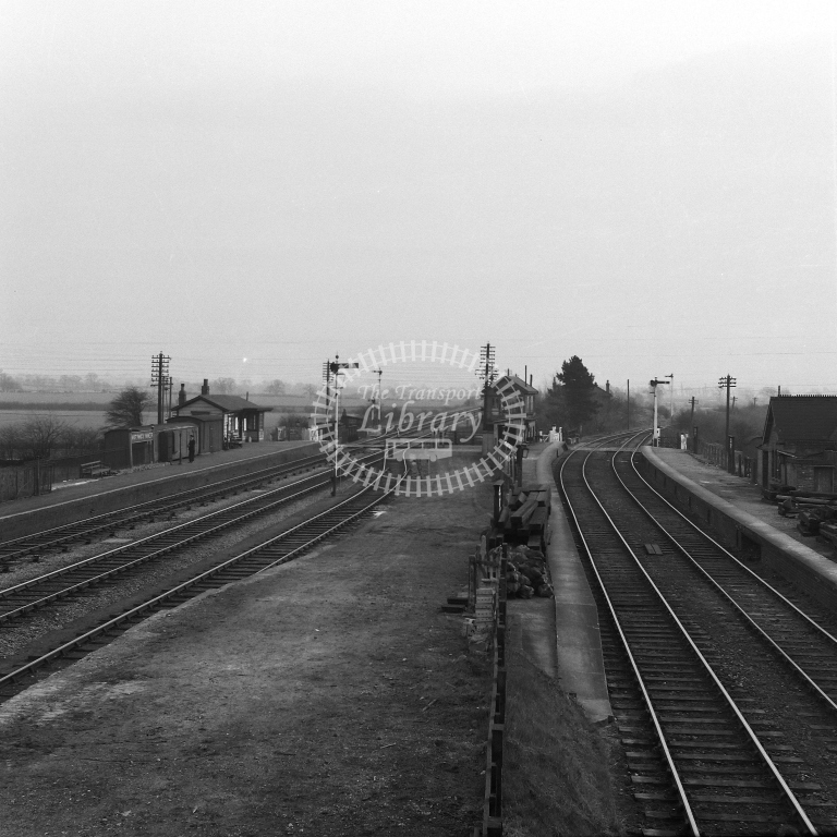 Fenny Compton stn general view 17/4/56 - RCR7039 - R C Riley