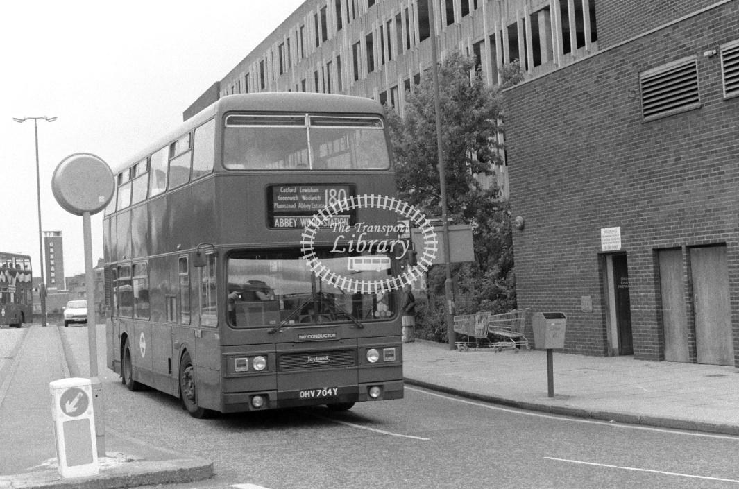 London Transport Leyland Titan Class T T704 OHV704Y at