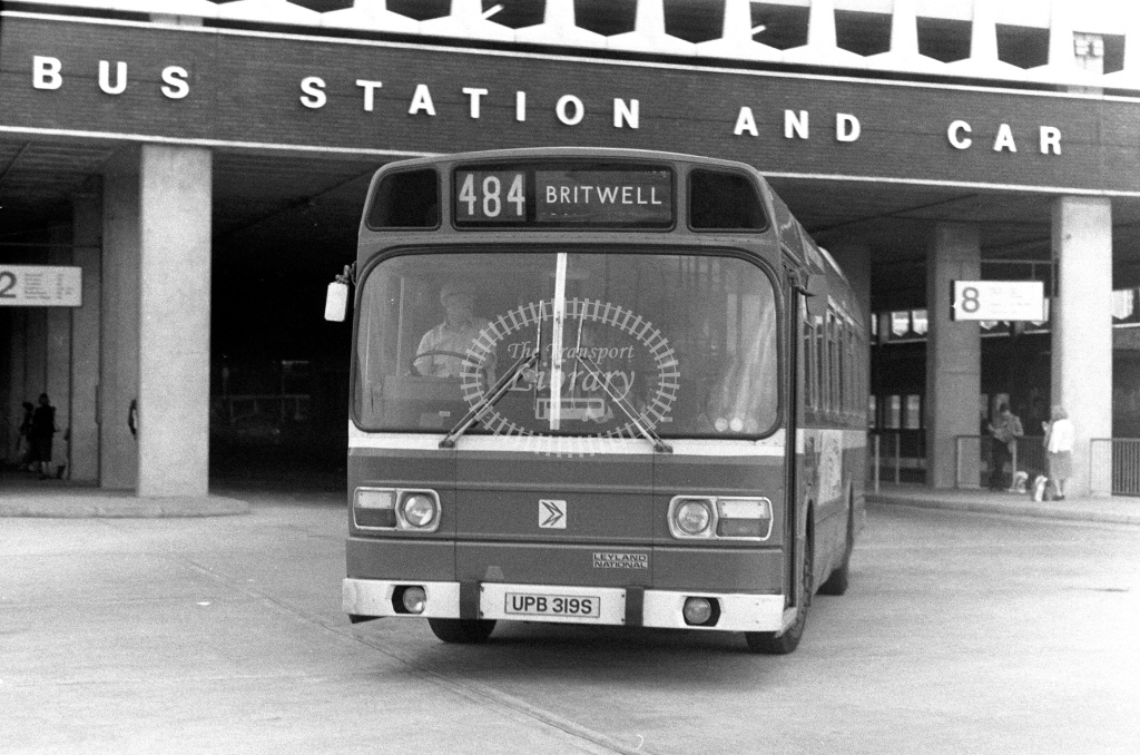 London Country Leyland National Class SNB SNB319 UPB319S at Slough ,Bus Station  in 1978 on route 484 - Russell Fell