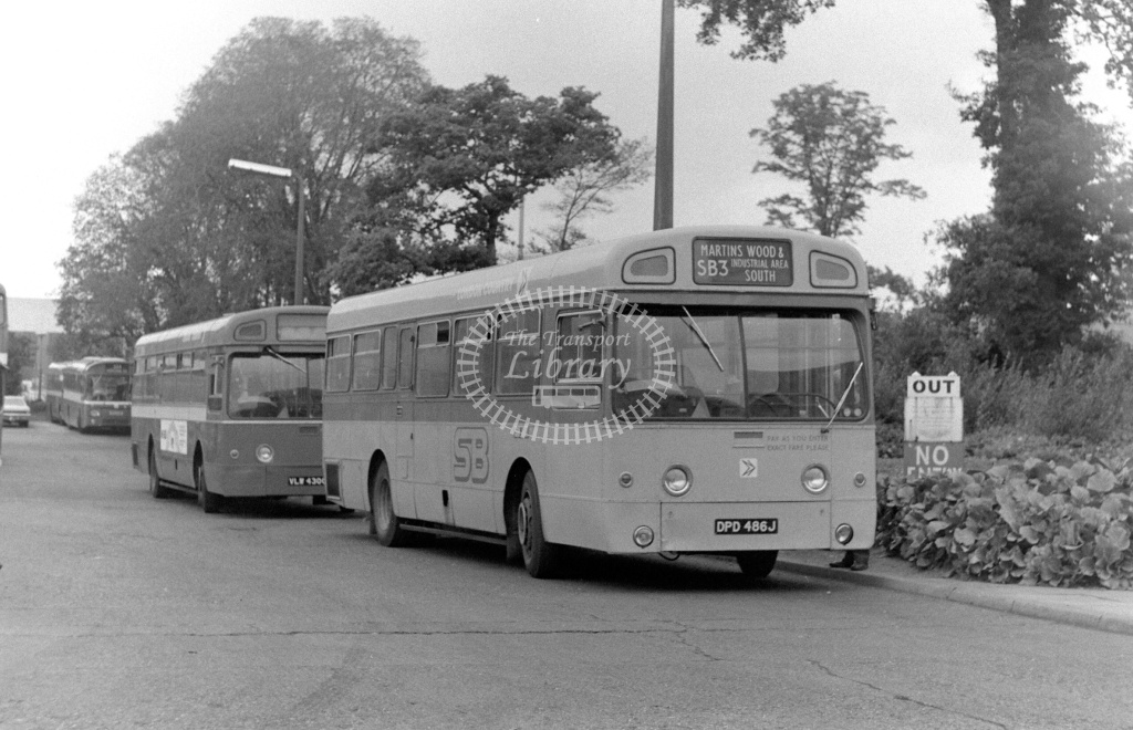London Country AEC Swift Class SM SM486 DPD486J at Stevenage ,LCBS Garage  in 1978 on route SB3 - Russell Fell