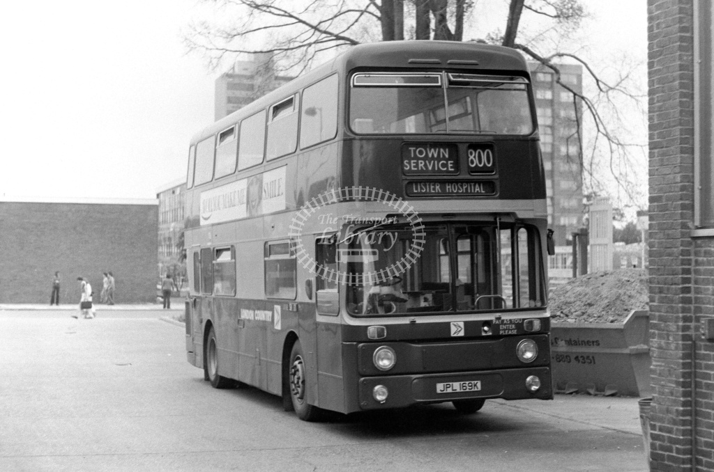 London Country Leyland Atlantean Class AN AN69 JPL169K at Stevenage ,LCBS Garage  in 1978 on route 800 - Russell Fell