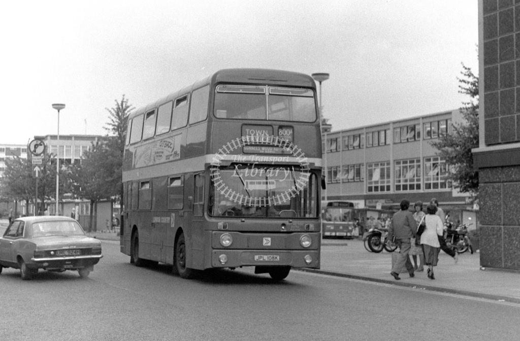 London Country Leyland Atlantean Class AN AN8 JPL108K at Stevenage ,Bus Station  in 1978 on route 800A - Russell Fell
