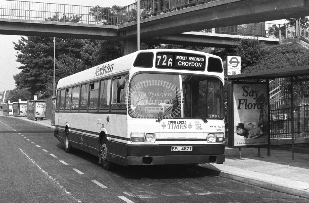 Kentish Bus Green Line Leyland National Class SNB SNB487 BPL487T at Dartford ,Bus  Station  in 1989 on route 726 - Russell Fell