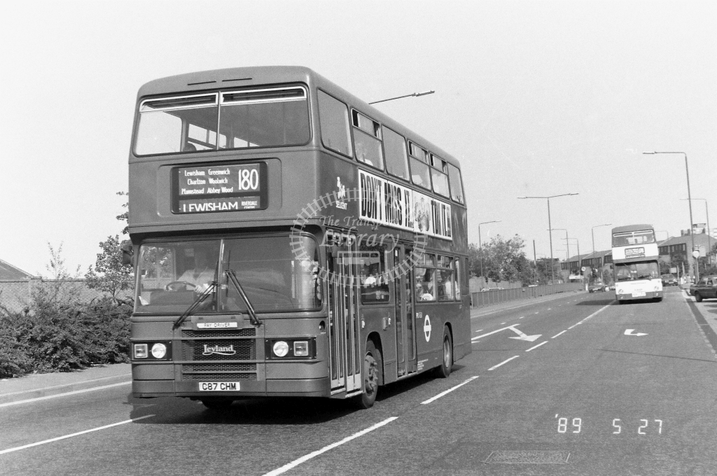 Selkent Leyland Olympian Class L L87 C87CHM at Woolwich  ,Plumstead  Rd.  in 1989 on route 180 - Russell Fell