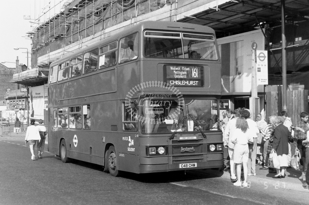 Selkent Leyland Olympian Class L L48 C48CHM at Woolwich  ,W. New Rd.  in 1989 on route 161 - Russell Fell