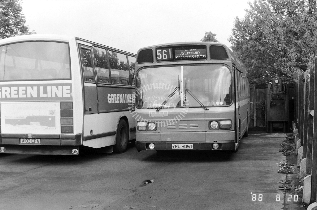London Country North West Leyland National Class SNB SNB405 YPL405T at Aston Clintom ,LCBS Garage  in 1989 on route 561 - Russell Fell